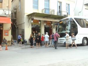 Bus von Athen (mit Sophie)