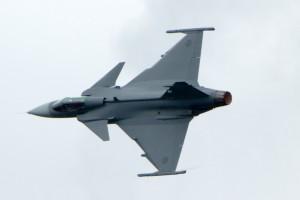 """Schwedisches Mehrzweckkampfflugzeug Saab JAS 39 Gripen (schwed. """"Greif"""")"""