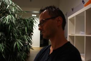 Sacha - unser Gastgeber im schönen Gebäude an der Balan-Straße von TechDivision.